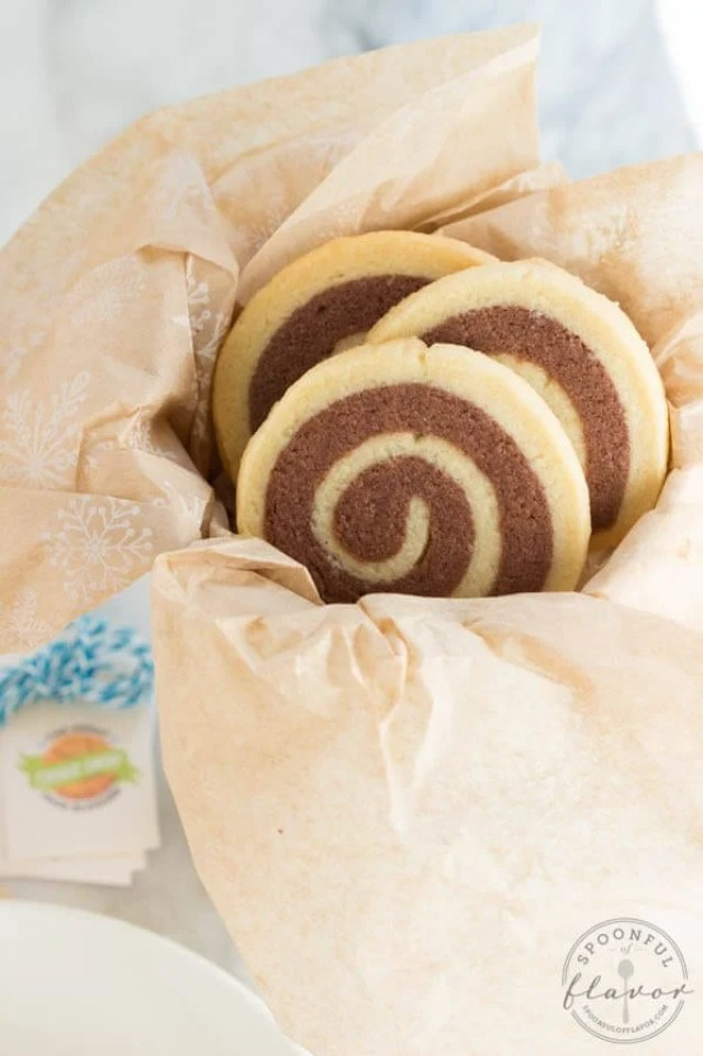 chocolate and vanilla swirl cookies from Spoonful of Flavor