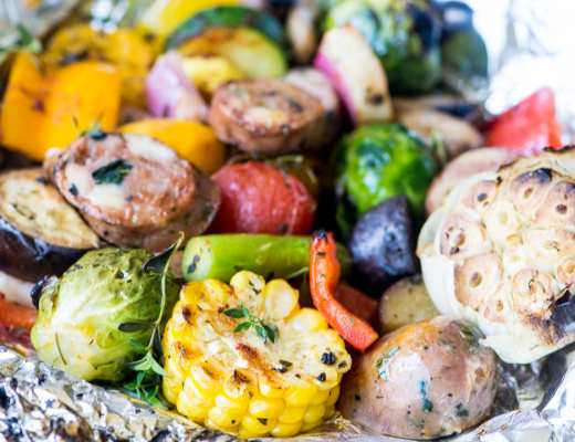 Sausage and Vegetable Grill packets ~ a colorful healthy 30 minute meal for the grill or the oven!