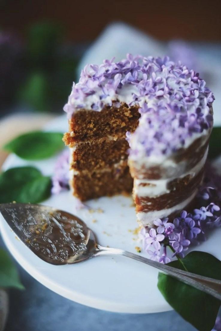 Lilac lemon mini cakes