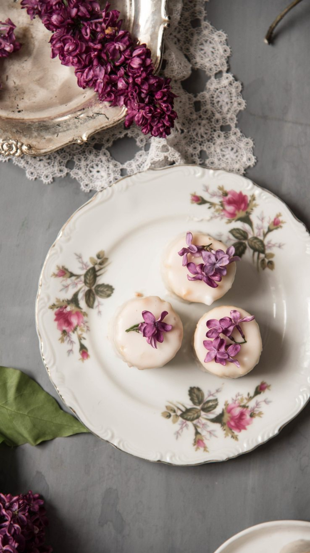 Lilac petit fours