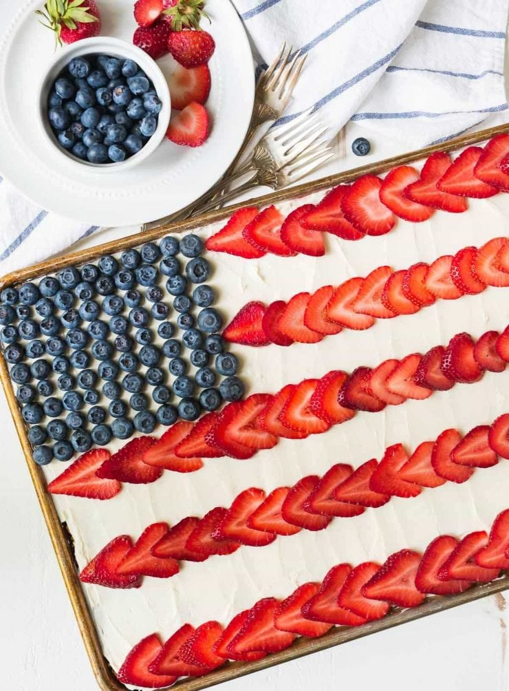 RED WHITE AND BLUE RECIPES YOU ACTUALLY WANT TO EAT! Flag Sheet Cake
