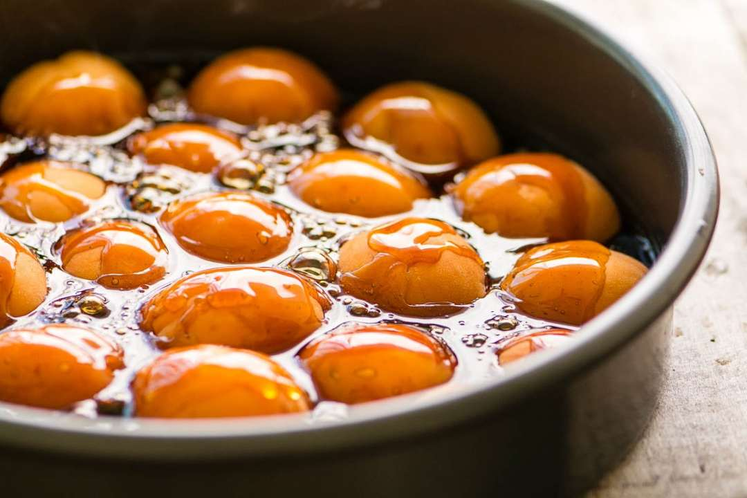 making caramelized apricots for an upside down cake