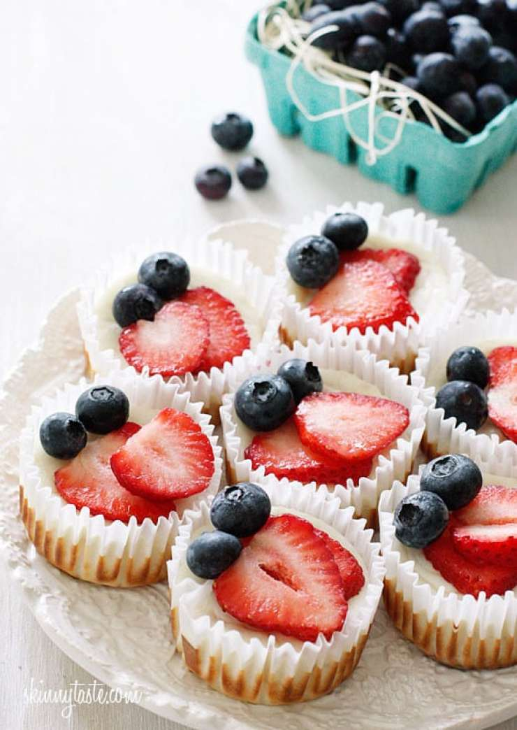 RED WHITE AND BLUE RECIPES YOU ACTUALLY WANT TO EAT! Red White and Blueberry Cheesecake Cupcakes