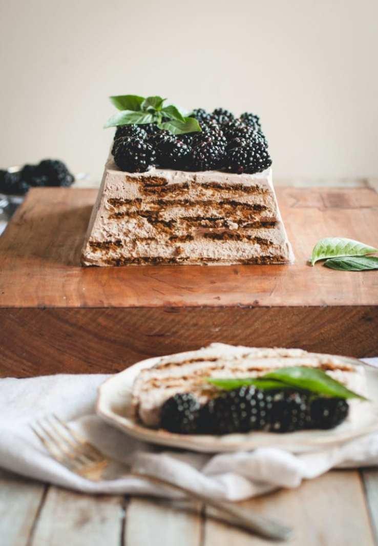 Summer's Best Icebox Cakes ~ blackberry mascarpone icebox cake
