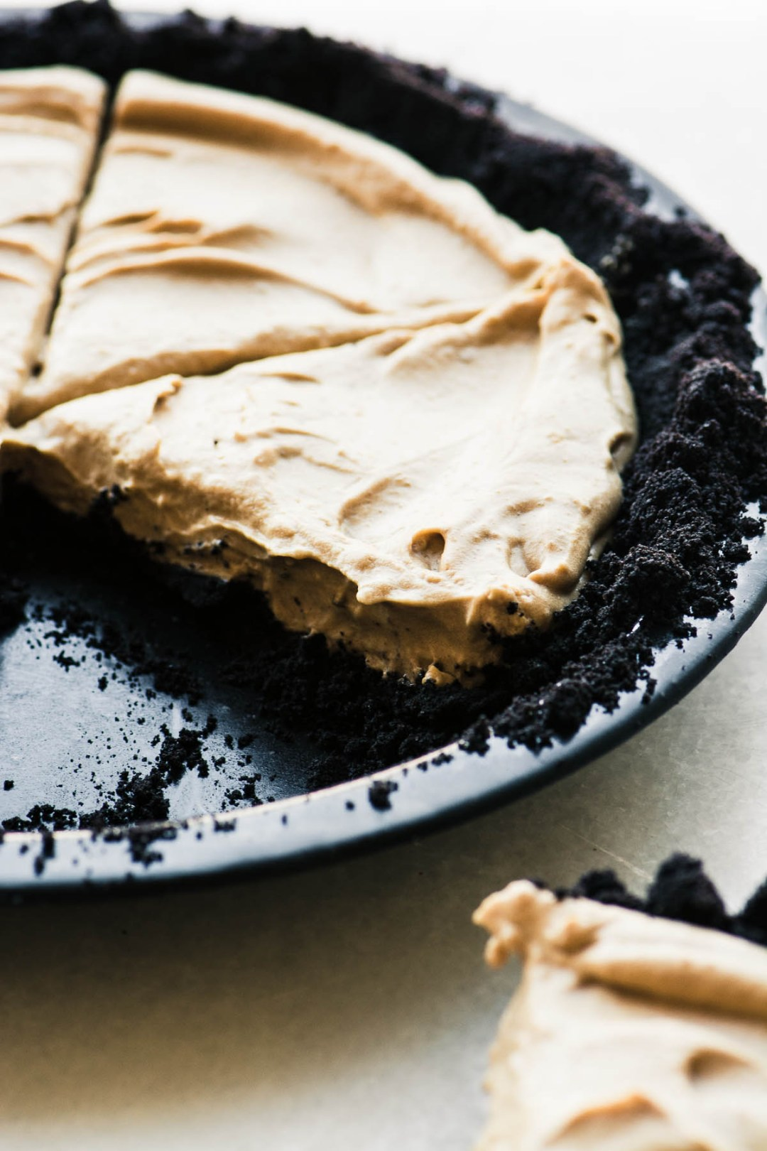 cold brew icebox pie in pie plate