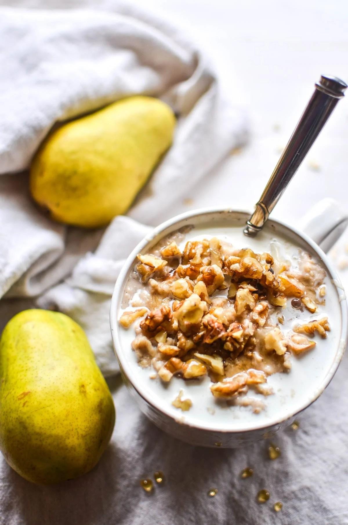 Spiced Vanilla Pear Oatmeal