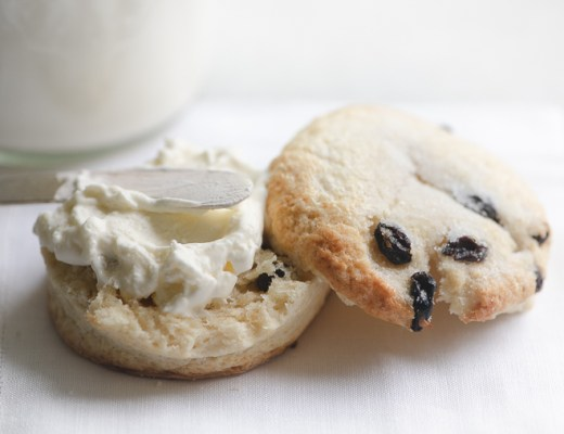 Instant Pot Clotted Cream on a scone