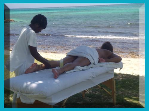 massage-under-coconut-tree