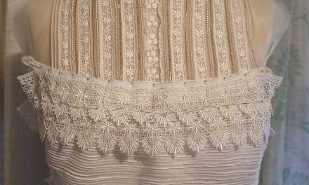 Trimming the Edwardian Blouse with Guipure Lace