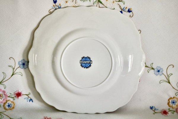Colclough Petit Rose Plate