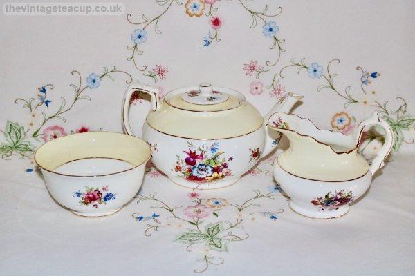 Hammersley Howard Sprays Teapot