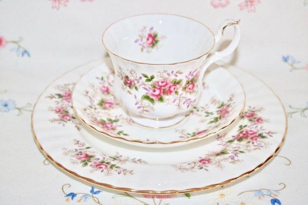 Royal Albert Lavender Rose