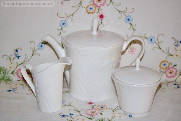 Wedgwood Nature Tea Set