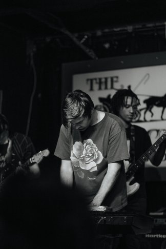 Adjy + Thrift House Live Review | The Vinyl Warhol