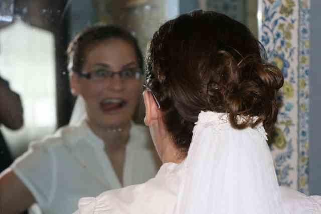 Liz gets married