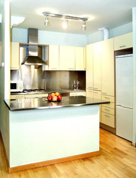 idea-dekorasi-dapur-kecil-1
