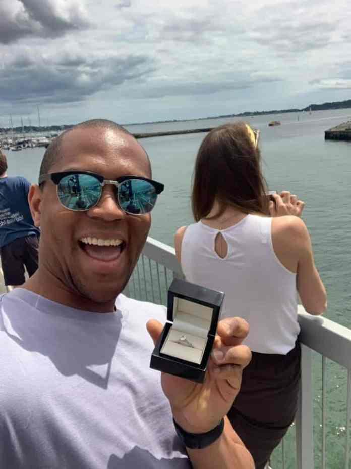 Funny proposal photos by Edi Okoro