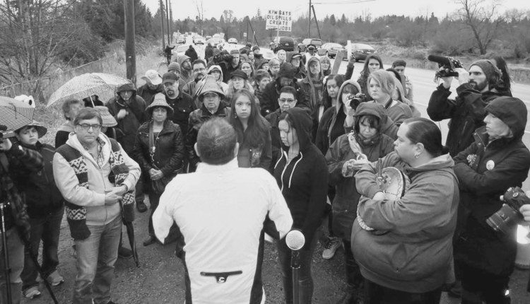february-5th-protest-at-glover-road-and-rawlison-crescent-in-fort-langley-photo-by-devin-gillan-copy
