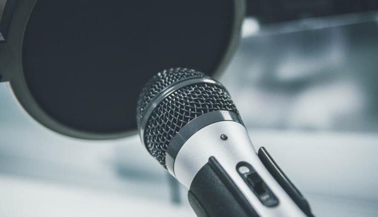 mic-podcast