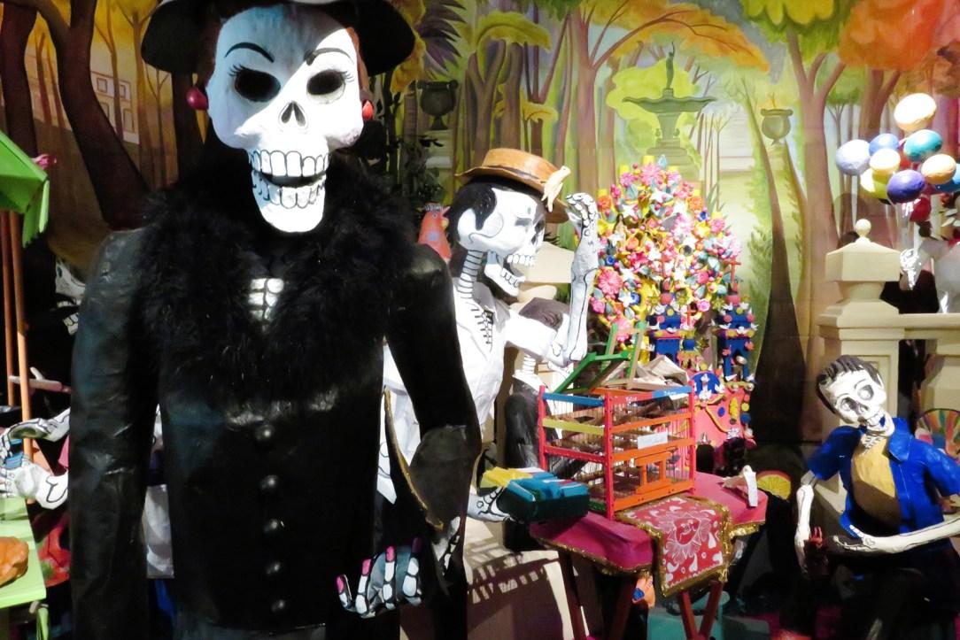 Dia De Los Muertos parade Dolores Olmedo.jpg