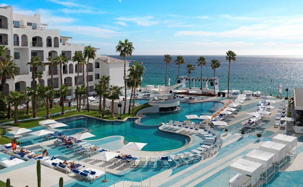ME Cabo Hotel.jpg