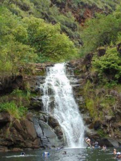 waimea valley falls oahu hawaii north shore