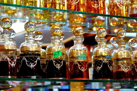 AF Oman -- perfumes in the souk
