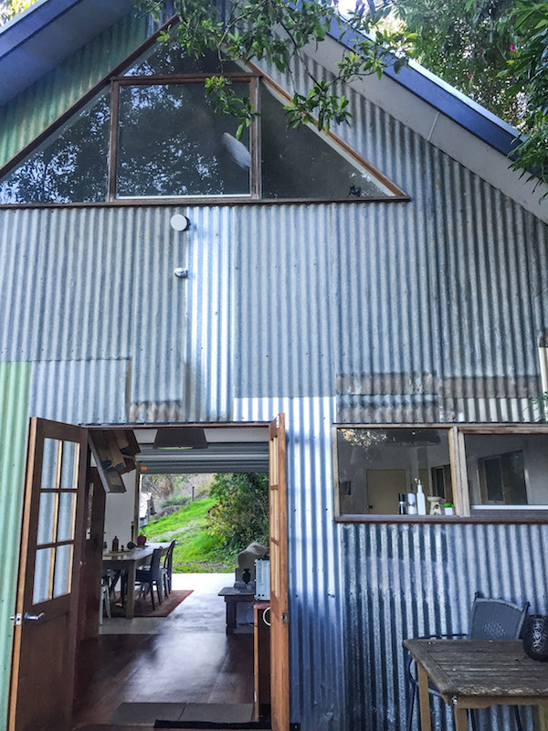 Airbnb The Loft the Dandenongs