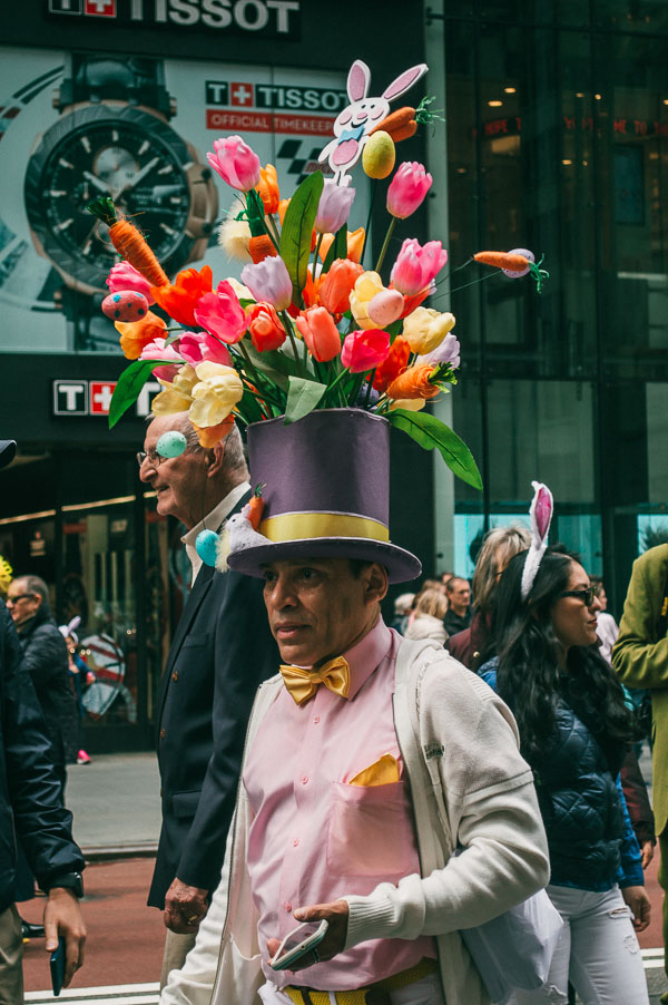 tulip top hat bonnet at 5th avenue easter parade nyc