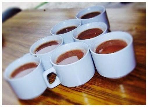 Tea on highway en-route to Manali