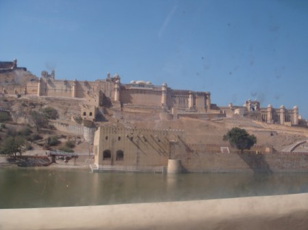 amer-fort-with-lake-jaipur