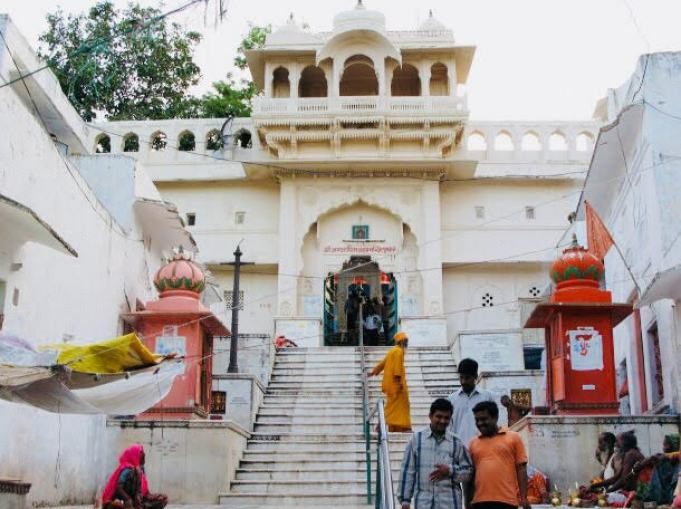 things to do in Pushkar | brahma-temple-pushkar