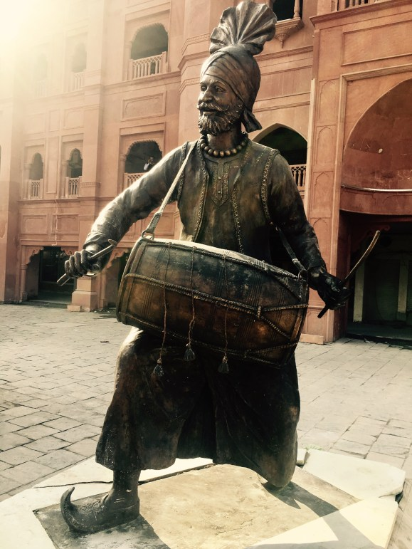 punjab folk dance sculpture