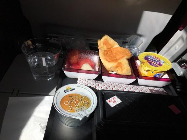 Qatar Airways Economy class review | Qatar Airways Economy class food | Breakfast at Doha Hamid International Airport