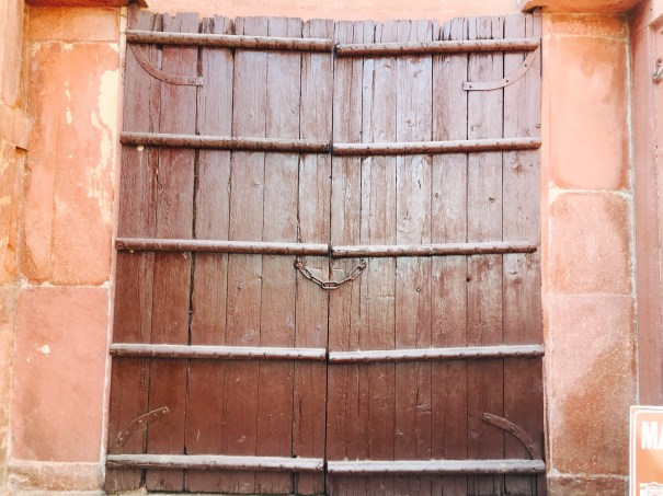 A wooden door at Taj Mahal
