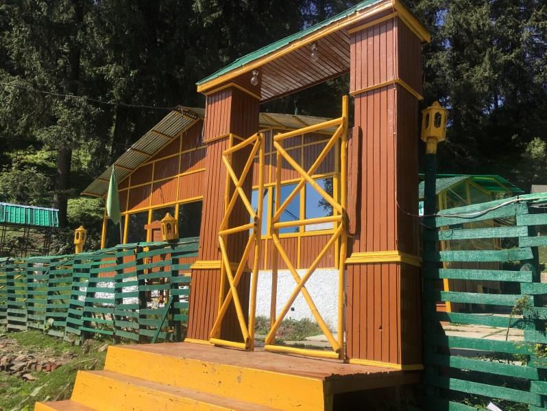 Entry of Narkanda camps, Himachal Pradesh India