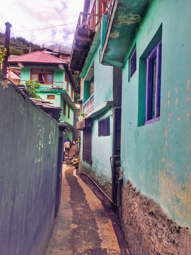 Sangla Valley Kinnaur | A Narrow Lane in Sangla valley Himachal Pradesh India