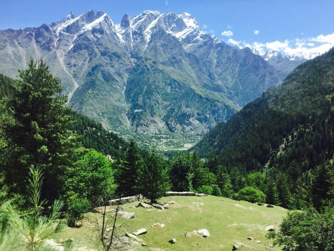 kailash mountains-Sangla Kanda Himachal Pradesh India