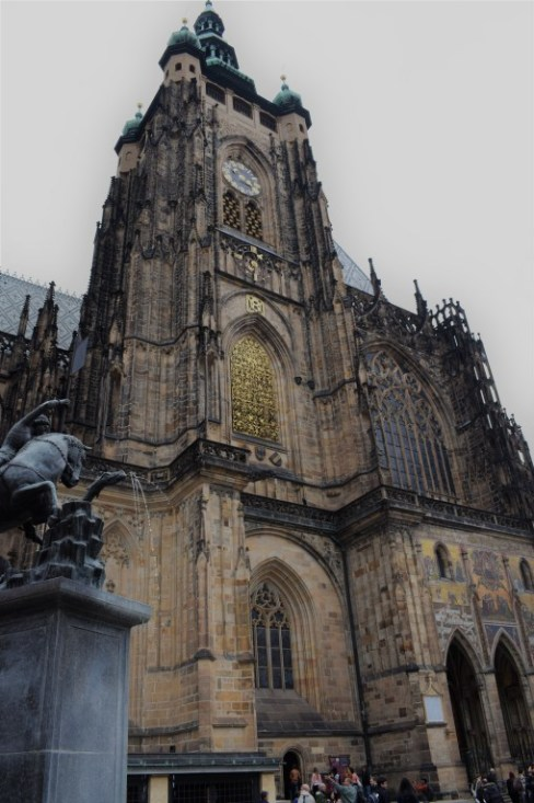 prague-st-vitus-church-full | Prague Itinerary | What to do in Prague in 2 days