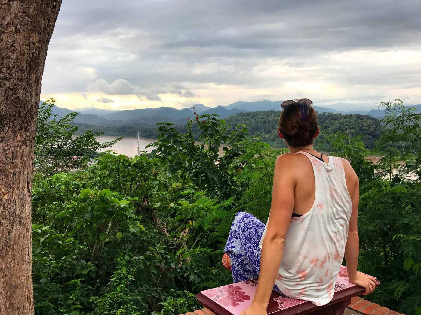 Meg-Laos