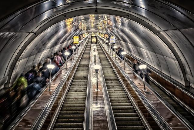 metro-3714290_640