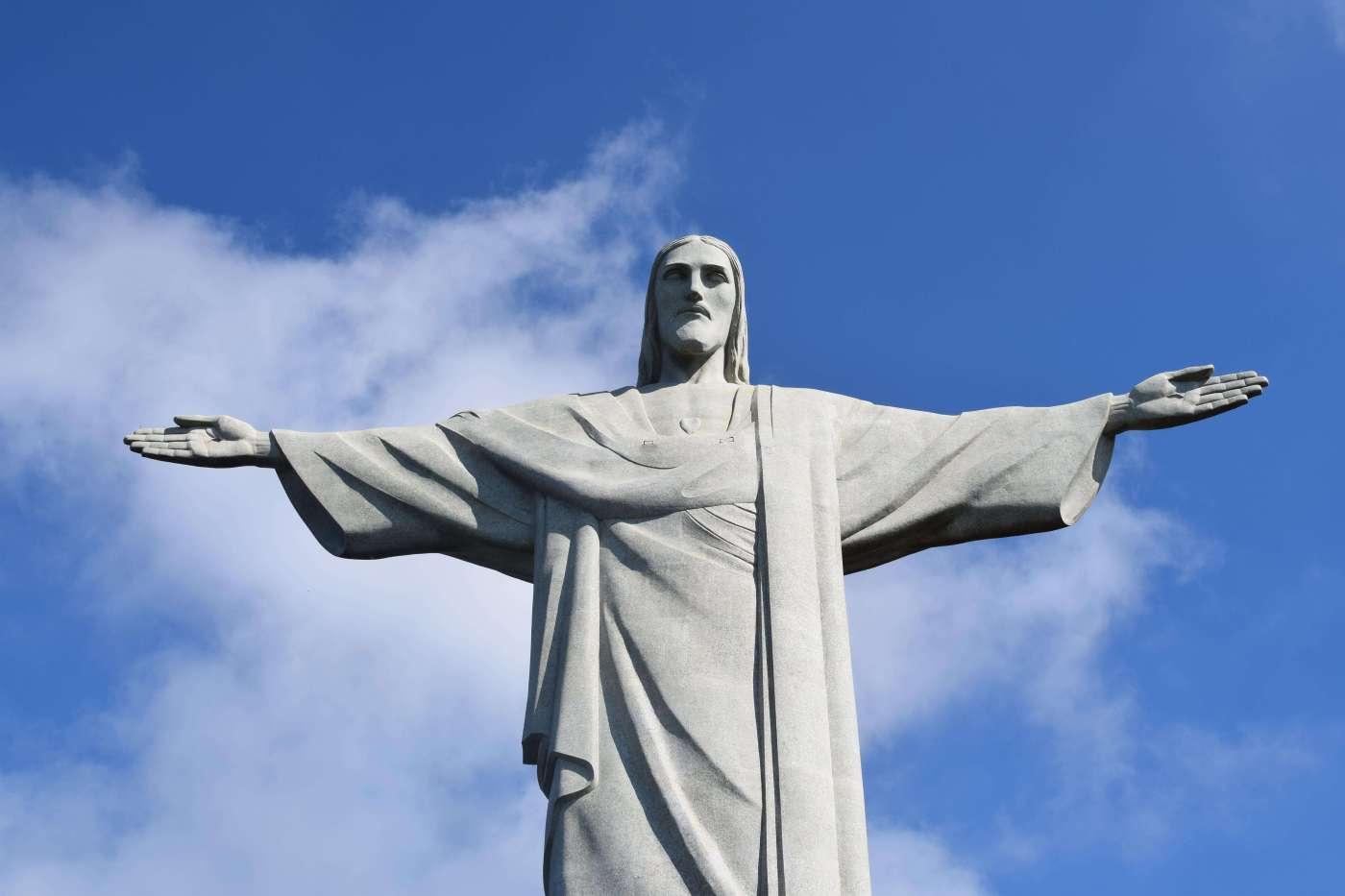 Christ the Redeemer (wecompress.com) (1)