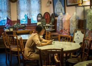 Lena in the Peranakan museum