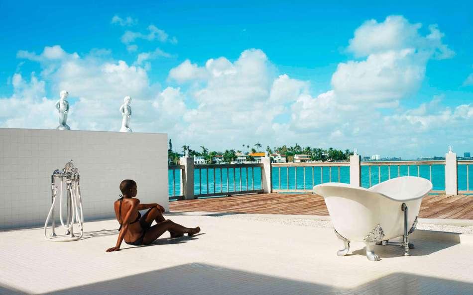 standard-hotel-miami-spa-landing-page-bathing-image2