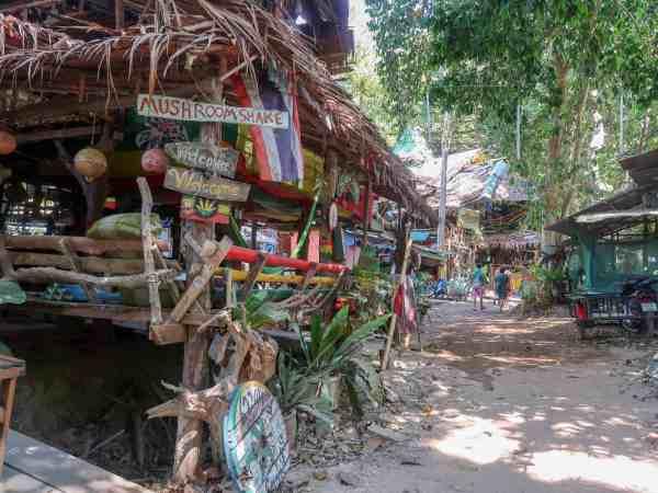 tonsai beach bars
