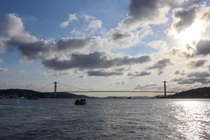 3 days in istanbul, river