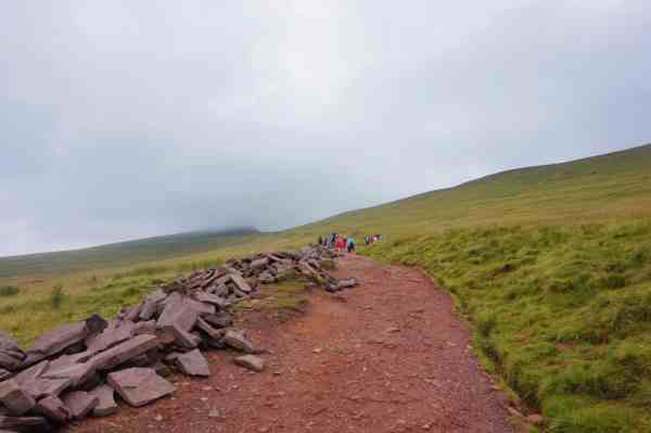 hiking pen y fan brecon beacons wales