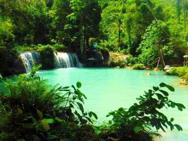Islands to Visit in the Philippines, Cambagahay Falls