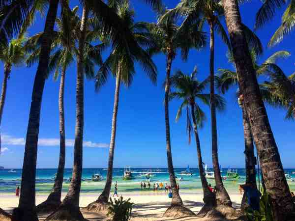 best places to visit in the Philippines boracay