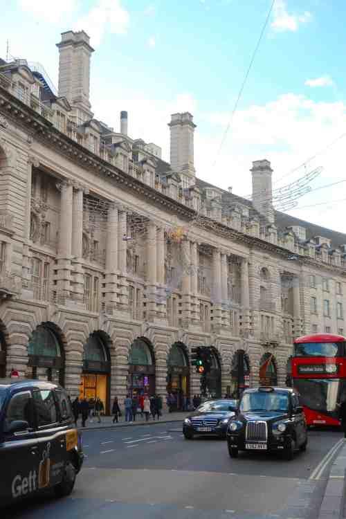 Christmas London Guide Walk regents street
